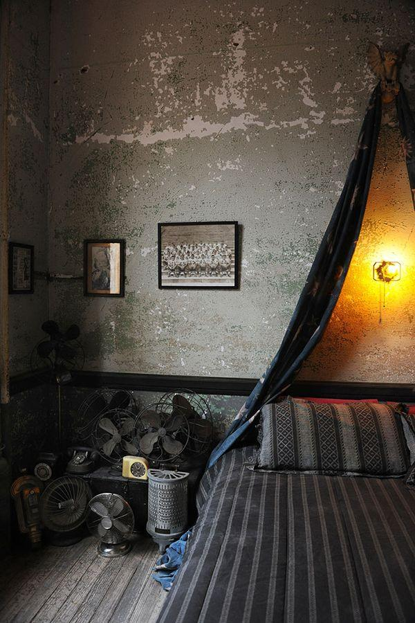 13 dark bedrooms with a subtle halloween vibe gallery